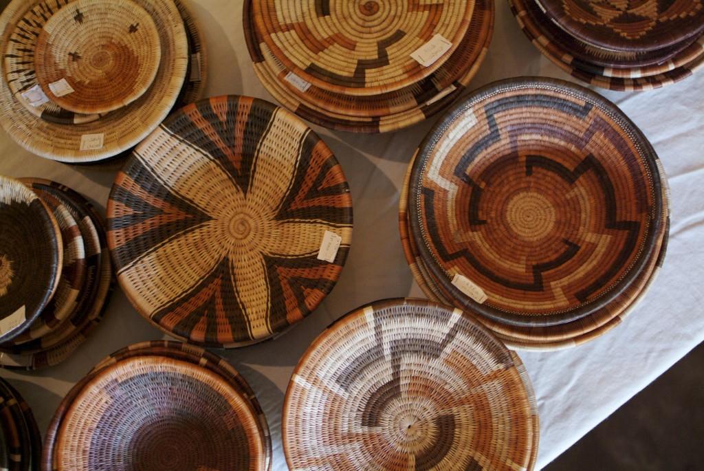 Körbe und ihre vielfältigen Muster - Impression einer Ausstellung im Supa Ngwao Museum, Francistown. Foto: Niko Wald